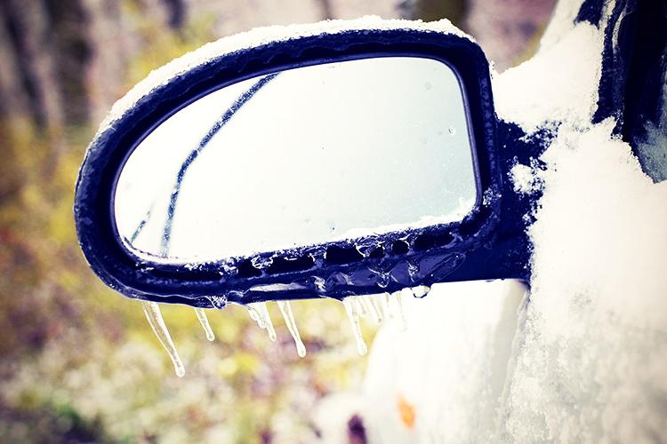 лед на машине
